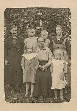 Tilda Turpeinen perheineen