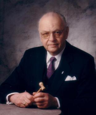 Pekka Kurvinen 1921-2004